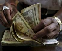 7th Pay Commission: Salary hike is fine but why not link it with performance?