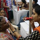 Indian-Americans raise US $75,000 for eye hospital in Bihar