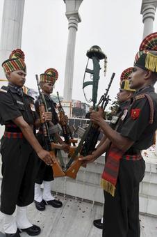 PHOTOS: India remembers Kargil war heroes