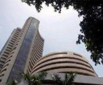 Sensex recovers 33 points on late buying; Nifty ends in red