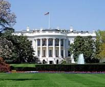 Washington: Man arrested after jumping White House fence