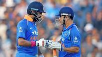 Rediff Sports - Cricket, Indian hockey, Tennis, Football, Chess, Golf - With 2019 World Cup in sight, Dravid urges decisive call on Dhoni, Yuvraj's role