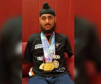 Rediff Sports - Cricket, Indian hockey, Tennis, Football, Chess, Golf - Para-Athlete Chandeep From Jammu And Kashmir Is An Inspiration For All
