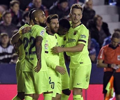 Rediff Sports - Cricket, Indian hockey, Tennis, Football, Chess, Golf - Lionel Messi Hat-Trick Restores Barcelona's La Liga Lead