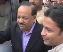 Delhi Lieutenant Governor calls BJP's Harsh Vardhan to discuss government formation