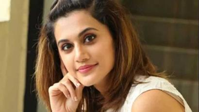 Current Bollywood News & Movies - Indian Movie Reviews, Hindi Music & Gossip - Taapsee Pannu takes on troll who said he loved her body parts, her reply will leave...