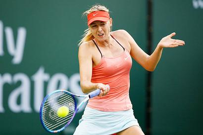 Sharapova eases past Makarova into Stuttgart quarters