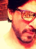 'Dilwale' Star Shah Rukh Khan Hits 15-Million Followers on Twitter; Top Philosophical Posts by the Superstar