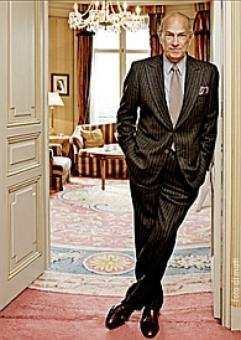 Designer who dressed Jackie Kennedy, Amal Clooney dies