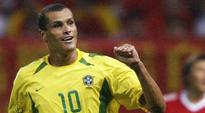Rediff Sports - Cricket, Indian hockey, Tennis, Football, Chess, Golf - Rivaldo encourages India to follow Japan's footsteps
