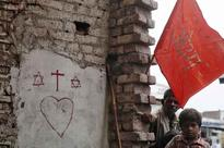 VHP goes ahead with its 'ghar wapsi' programme, 're-converts' over 200 Christians to Hinduism