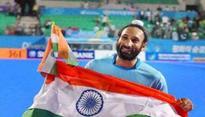 Rediff Sports - Cricket, Indian hockey, Tennis, Football, Chess, Golf - UK Police interrogates hockey player Sardar Singh regarding one-year-old Ashpal Bhogal rape case