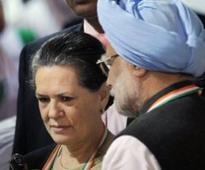PM, Sonia reach Chhattisgarh
