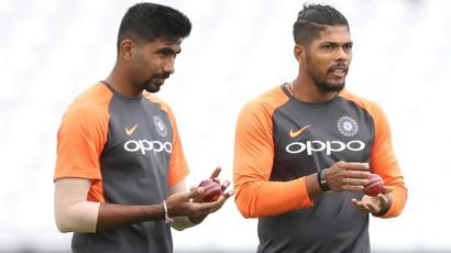 Rediff Sports - Cricket, Indian hockey, Tennis, Football, Chess, Golf - Umesh Yadav or Khaleel Ahmed? Ashish Nehra names his pick for World Cup 2019