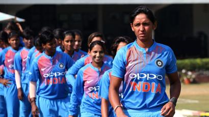 Rediff Sports - Cricket, Indian hockey, Tennis, Football, Chess, Golf - India women's WT20 camp suffers because of MCA-BCCI tussle