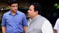 Check out Sourav Ganguly's reaction to Ravi Shastri applying for Team India coach job