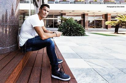 Rediff Sports - Cricket, Indian hockey, Tennis, Football, Chess, Golf - Will Ronaldo move to PSG or play in the Chinese Super League?