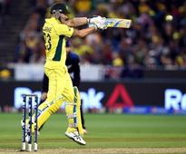 World Cup 2015: Superb Clarke leads Australia back to top of one-day cricket