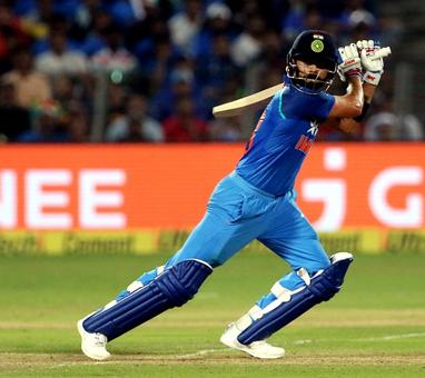 Rediff Sports - Cricket, Indian hockey, Tennis, Football, Chess, Golf - Kohli stays top of ICC ODI rankings for batsmen