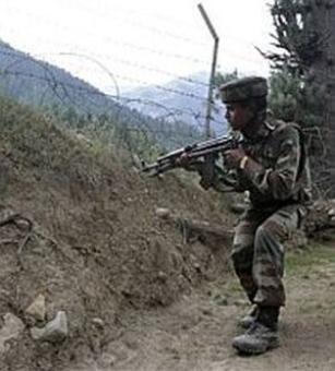 Pakistan Rangers target posts along IB in Jammu