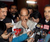 Congress-NCP alliance talks still underway, both indulge in muscle flexing