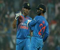 Rediff Cricket - Indian cricket - I am studying in a university where Dhoni is the topper: Dinesh Karthik