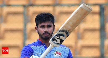 Rediff Sports - Cricket, Indian hockey, Tennis, Football, Chess, Golf - Shreyas Iyer smashes highest T20 score by an Indian batsman