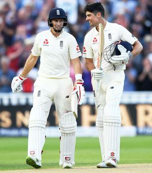Rediff Sports - Cricket, Indian hockey, Tennis, Football, Chess, Golf - Day-night Test PIX: Centurions Root, Cook take centre stage on Day 1