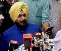 Sidhu speaks, but keeps suspense