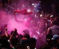 Pakistan: Students form human shield to protect Hindus celebrating Holi