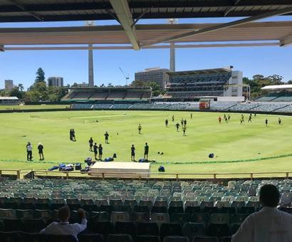Rediff Cricket - Indian cricket - Ashes to Ashes, England face similar WACA ordeal
