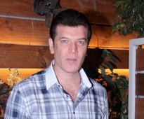 Current Bollywood News & Movies - Indian Movie Reviews, Hindi Music & Gossip - SHOCKING: Aditya Pancholi files a complaint after receiving alleged extortion call for Rs. 25 lakhs by an unknown person