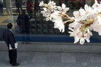 Asian shares edge up in cautious trade, US jobs data in focus
