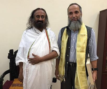 Burhan Wani's father: Discussed Kashmir with Sri Sri