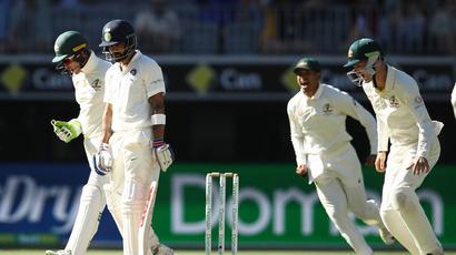 Rediff Sports - Cricket, Indian hockey, Tennis, Football, Chess, Golf - Ishant-Jadeja spat throws spotlight on use of stump mics