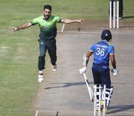 Rediff Sports - Cricket, Indian hockey, Tennis, Football, Chess, Golf - Shinwari fifer dismantles Lanka for 103 as Pakistan complete 5-0 whitewash