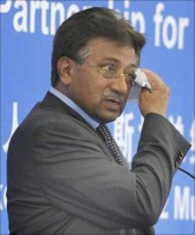 Treason trial: Court asks Musharraf to appear on Dec 24