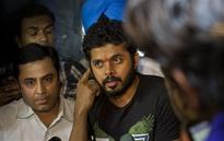 Rediff Sports - Cricket, Indian hockey, Tennis, Football, Chess, Golf - Sreesanth approaches Kerala HC after BCCI fails to act