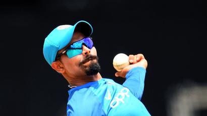 Rediff Cricket - Indian cricket - India bowl; Ravindra Jadeja replaces injured Hardik Pandya