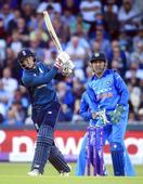 Rediff Cricket - Indian cricket - Kohli retains top ODI spot, Root shoots to No.2