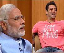 Modi, Pranab, 3 Khans to attend #21yearsofAapKiAdalat event in Delhi on Dec 2