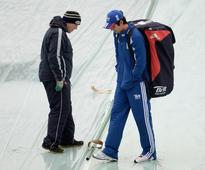 Rediff Sports - Cricket, Indian hockey, Tennis, Football, Chess, Golf - PHOTOS: Rain plays spoilsport at Headingley