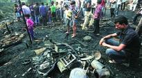 Slum cluster gutted in Shastri Park area