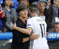 Germany cruise into Euro 2016 last eight