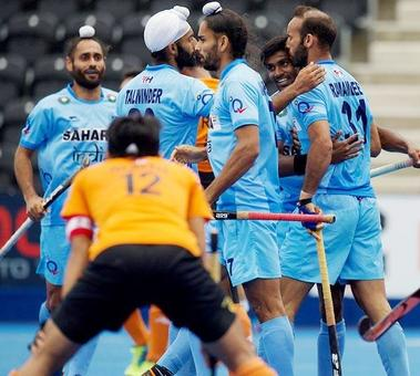 Rediff Sports - Cricket, Indian hockey, Tennis, Football, Chess, Golf - India lose to Malaysia, crash out of HWL Semi-Final