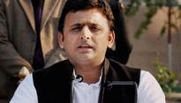 Yadav pari-'war': Akhilesh Yadav may float new party