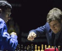 World Chess: Anand Draws vs Carlsen