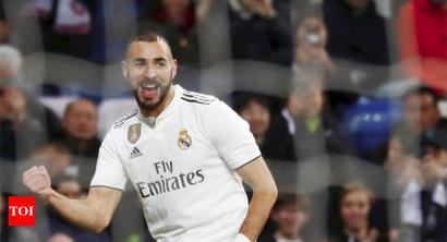 Rediff Sports - Cricket, Indian hockey, Tennis, Football, Chess, Golf - La Liga: Benzema gives Madrid win over Rayo amid more Bernabeu boos