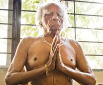 Tweeple pay tribute to BKS Iyengar