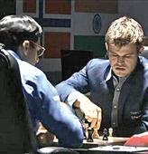 Carlsen Stays King as Vishy loses Nerve